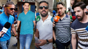(25-06-18) Los cinco integrantes de 'La Manada' acuden a firmar a los juzgados tras su puesta en libertad
