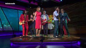 (30-08-18)  El espectacular cierre de temporada de El Intermedio: así lo dio todo El Gran Wyoming a ritmo de rock con el tema 'Que viva España'