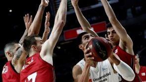 (13-01-19) Gustavo Ayón aúpa al Real Madrid en un triunfo apurado ante el Tecnyconta Zaragoza