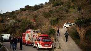 (13-01-19) Tratan de rescatar a un niño de dos años que ha caído en un pozo de 150 metros de profundidad en Totalán, Málaga