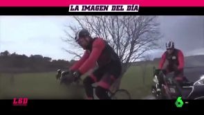 (15-01-18) El vídeo del brutal atropello al actor Dani Rovira mientras rodaba un documental en bicicleta