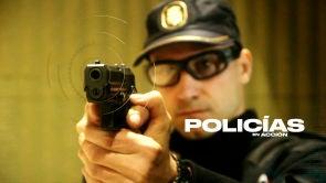 POLICIAS EN ACCION