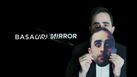 Basauri Mirror