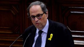 """(12-05-18) Torra promete impulsar una """"propuesta de Constitución de república catalana"""""""