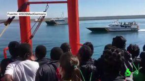 17-06-18) Mezcla de sensaciones de los migrantes del Aquarius tras acabar una dura travesía de ocho días