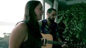 Morgan - Praying | Vive Nigrán