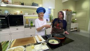 Programa 38: Hamburguesas de pescado con almejas en salsa verde y sopa de frutas al txakoli con barquillo