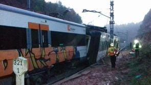 (20-11-18) Un muerto y seis heridos al descarrilar un tren de cercanías entre Terrassa y Manresa