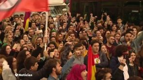 (04-12-18) Miles de personas se manifiestan en las calles de Sevilla, Granada y Málaga por la irrupción de Vox en el Parlamento