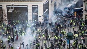 (08-12-18) Más de 500 detenidos en París ante la gran protesta de los 'chalecos amarillos' por toda Francia