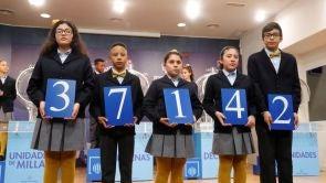 (06-01-19) 37.142, primer premio del sorteo de la Lotería del Niño 2019